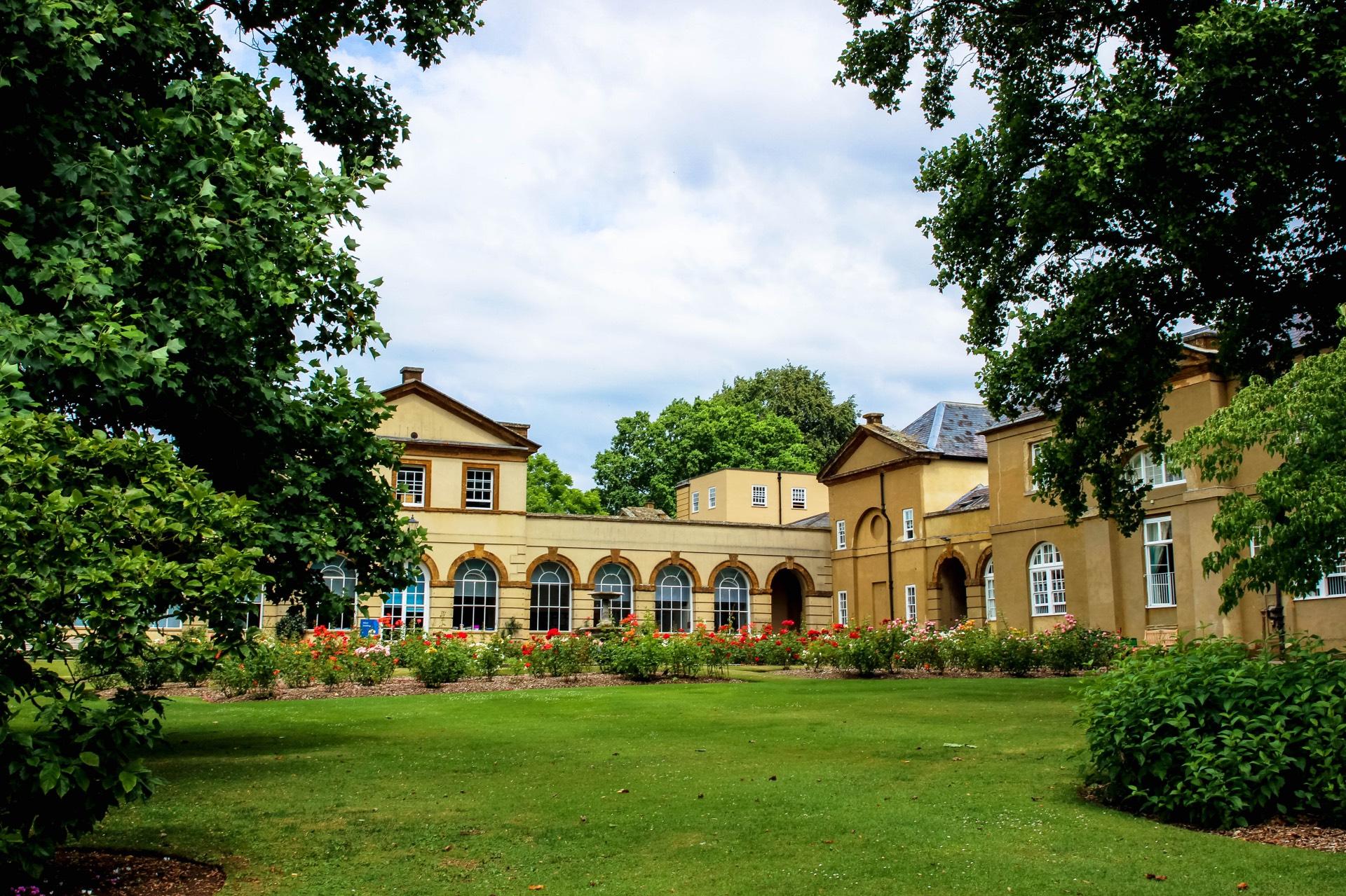 BUCKINGHAM – STOWE SUMMER SCHOOL CAMP: un tipico college inglese